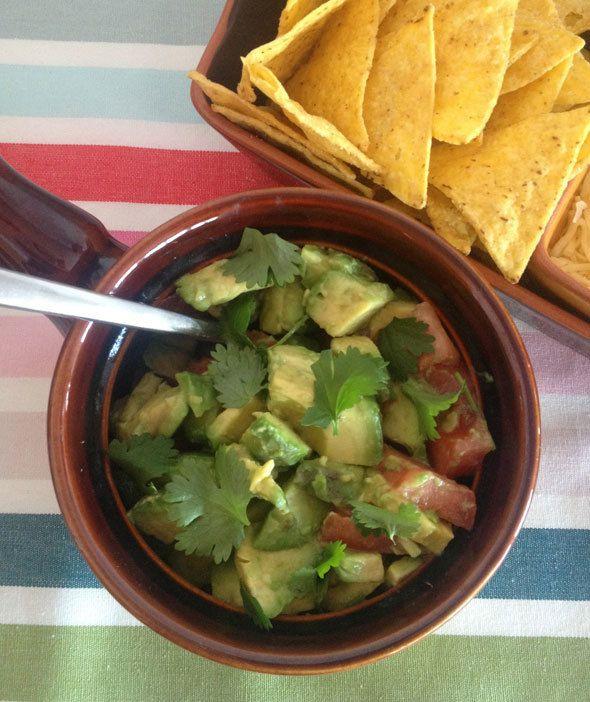 guacamole, cinco de mayo chips and dip, cinco de mayo party food